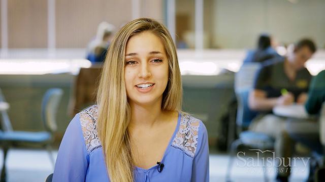 Meet Lauren - Biology Major