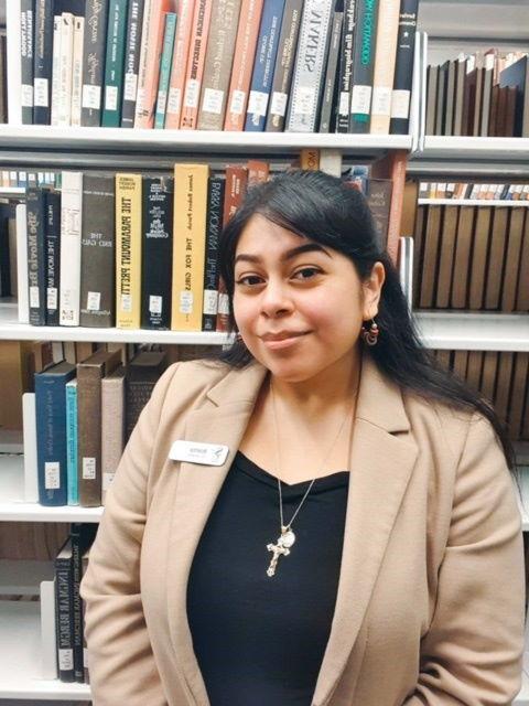 Student Worker Arianna Gomez